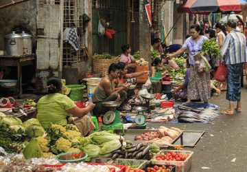 What to Eat in Yangon | Food Guide for First-Timers