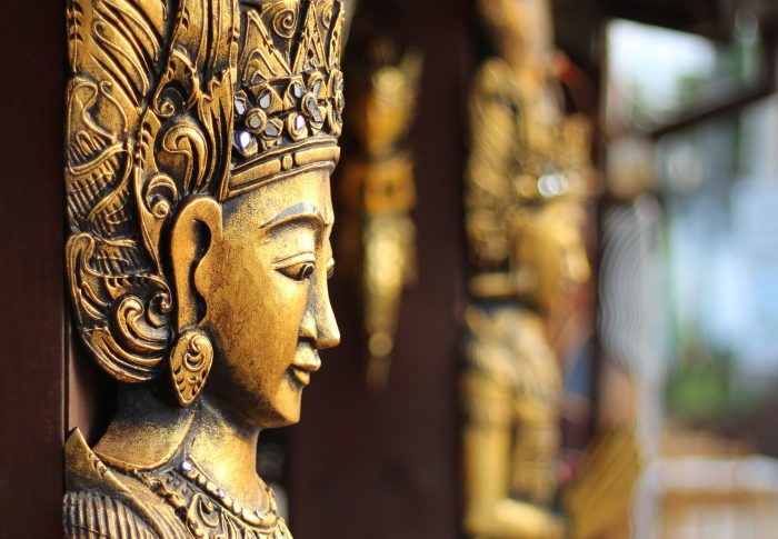 20 Do's and Don'ts in Laos: Be a Respectful Traveler